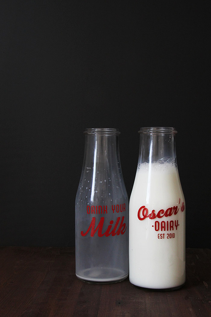 10 Clever IKEA Ideas And Hacks For Weddings - DIY Vintage Milk Bottles. www.theweddingnotebook.com
